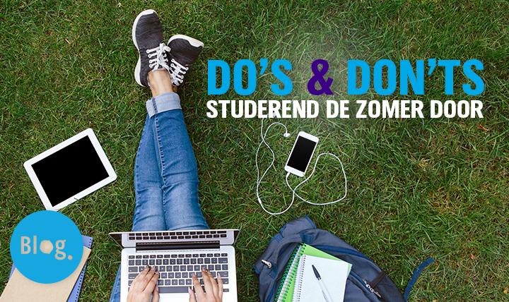 studerend de zomer door